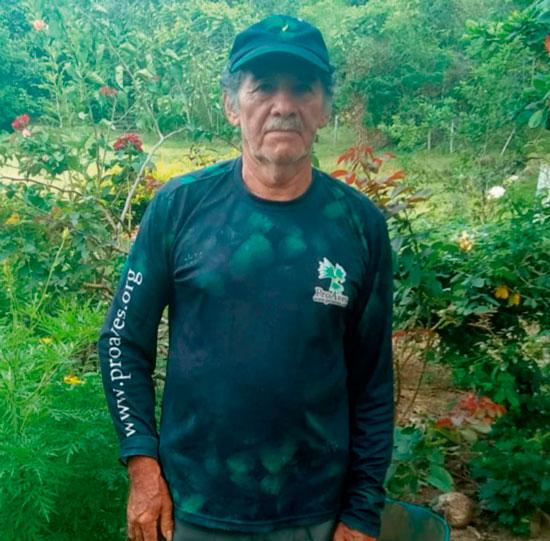 Luis Salazar, un campesino que ama la naturaleza