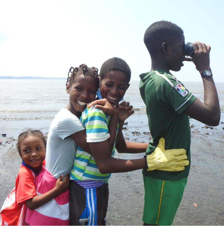 Jornadas de pajareo y educación ambiental en las playas de Timbiquí, Cauca